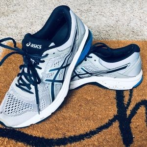 ASICS Running shoes GT-1000 size 9.5